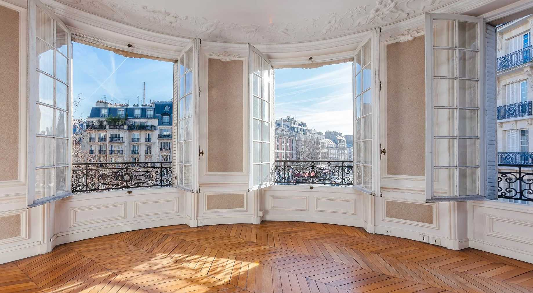 Use the expert eye of an architect / real estate professional before purchasing a new house or apartment in Paris.