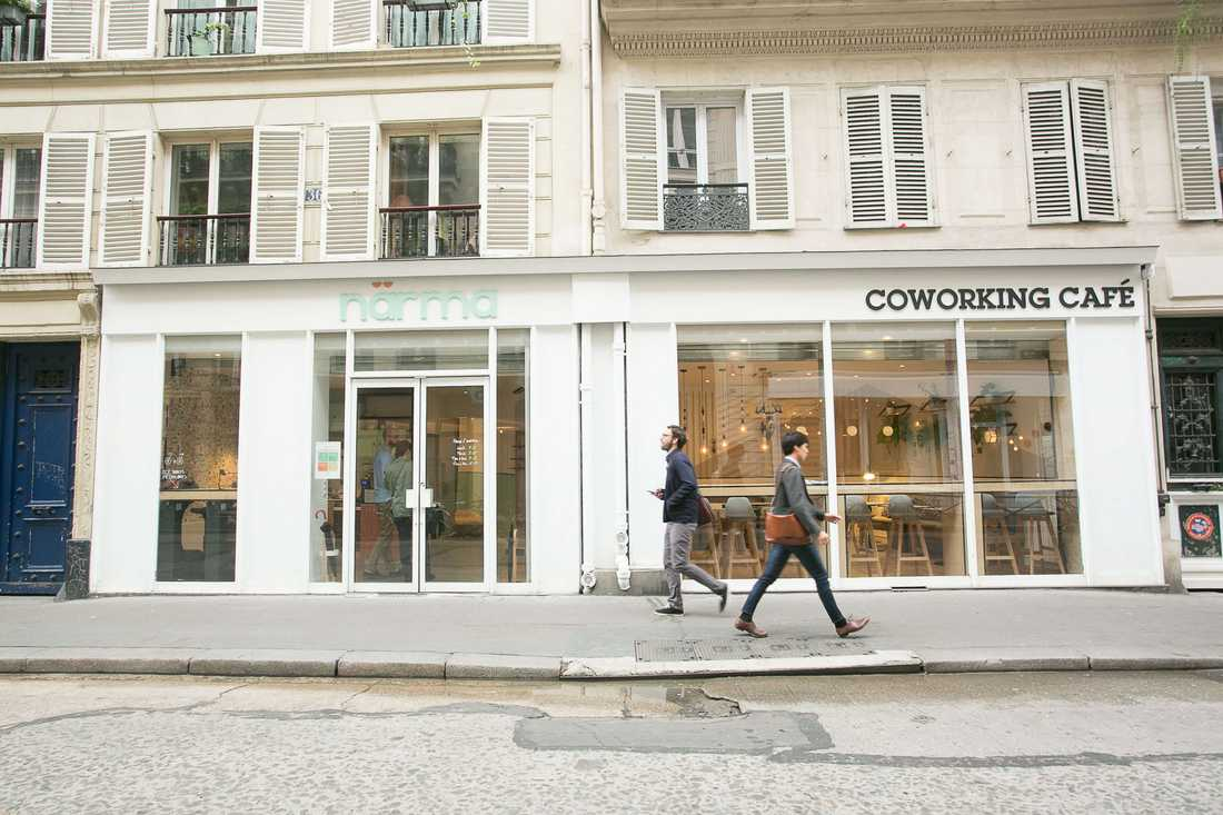 Exterieur du coffee-shop coworking-space